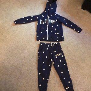 Girls 5T navy matching sweatpants and hoodie